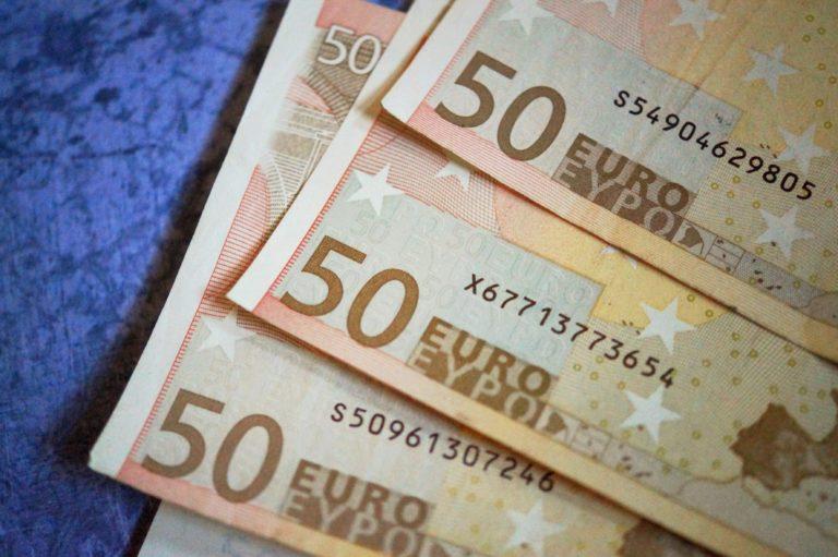 Doradca kredytowy – pieniądze na dobrych warunkach