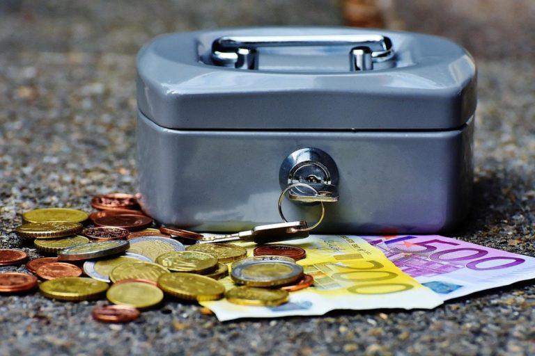 Szukasz wiedzy o tym, jak zarabiać w Internecie? Musisz przeczytać ten artykuł!